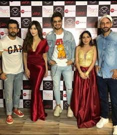 Aslam Khan's  FITTE MUH  Starring Vin Rana And Angela Krislinzki Is Out Now