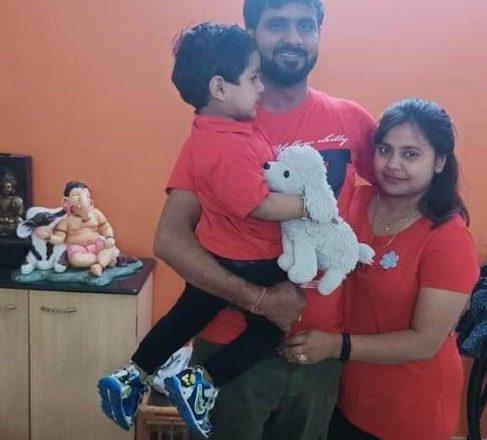 Actor Vinod Yadav helps needy people on their Wedding Anniversary