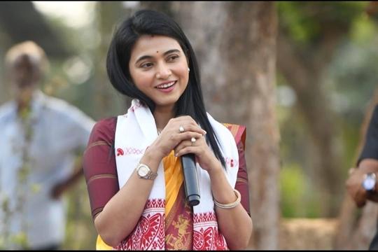 Assamese Actress Aimee Baruah's Film SEMKHOR  Bags Tagore International Film Festival Awards
