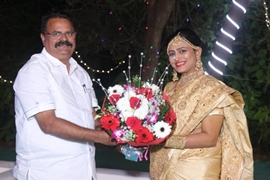 Mr. Gopal Shetty (MP) arrived to bless newly wedded Sumaiya Vinay Singh daughter of Vinay Kumar Singh