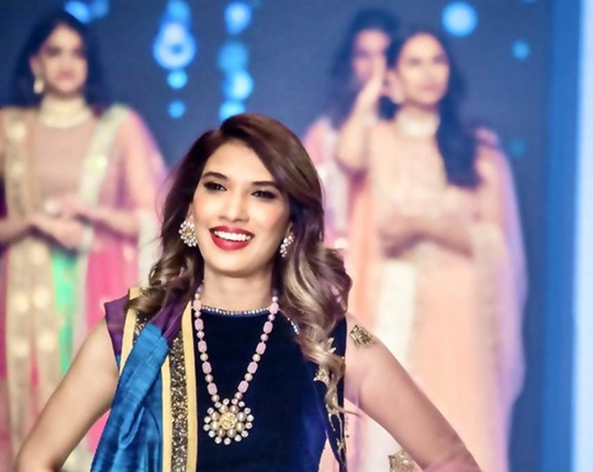 Mansi Bagla Walks The Ramp For Shaina NC